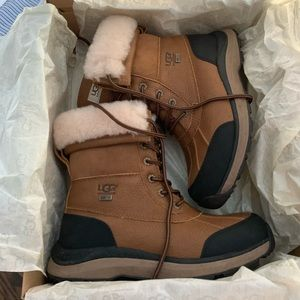 Uggs Adriondack III snow boots size 7.5
